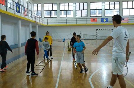 """Këto janë disa nga sukseset e klubit të tenisit """"HotShot"""" në Gjakovë"""