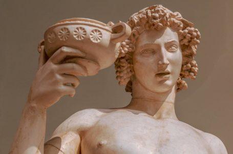 Dionisi, i vetëmlinduri dy herë
