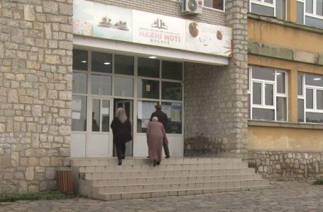 Procesi i votimit po vazhdon edhe në fshatin Rogovë
