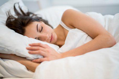 Paraliza e gjumit dhe kush është më i rrezikuar?