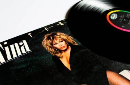 Tina Turner shet 60 vjet krijimtari muzikore